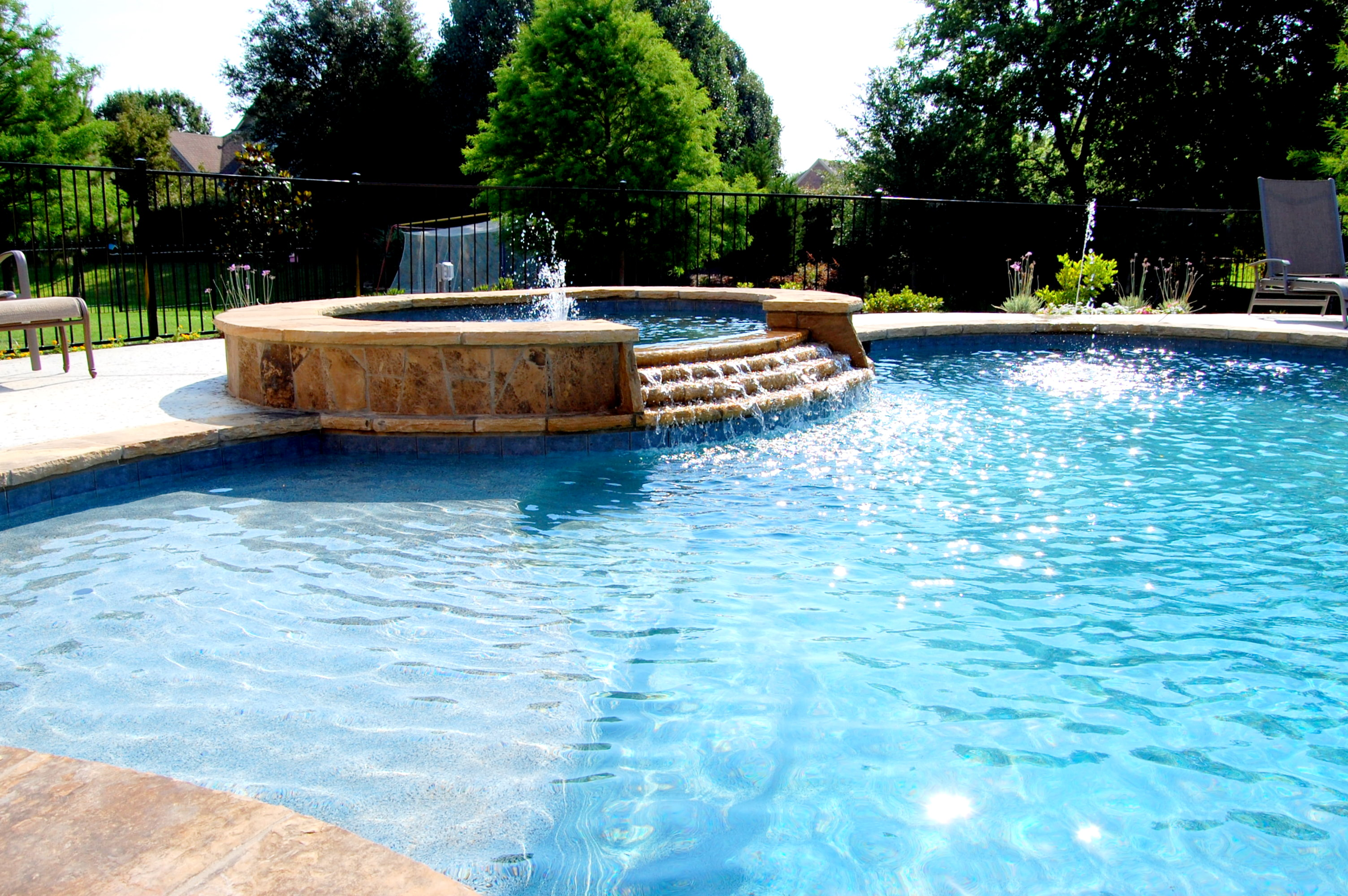Pool cleaning service installation in arlington tx for Pictures of a pool